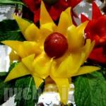 دورچین گل با فلفل دلمه رنگی